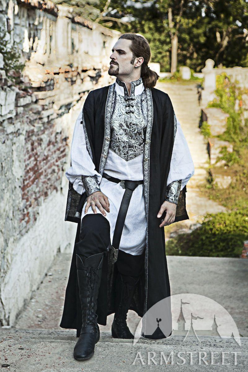 Мужской средневековый костюм